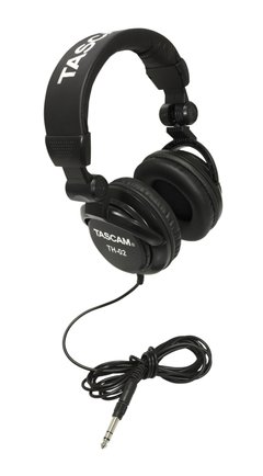 TASCAM TH-02B