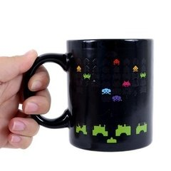 TAZA MÁGICA SPACE INVADERS