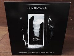 Joy Division - Closer To The Unknown Treasures Vol. 2 LP na internet