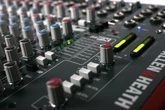Consola Allen & Heath Zed 22fx en internet