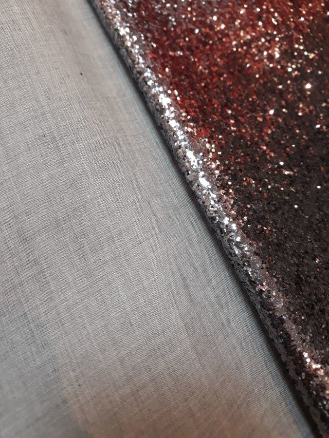 PU Glitter Glam Fashion na internet