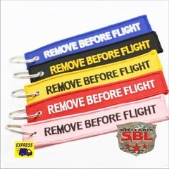 "Chaveiro ""Remove Befor Flight"""