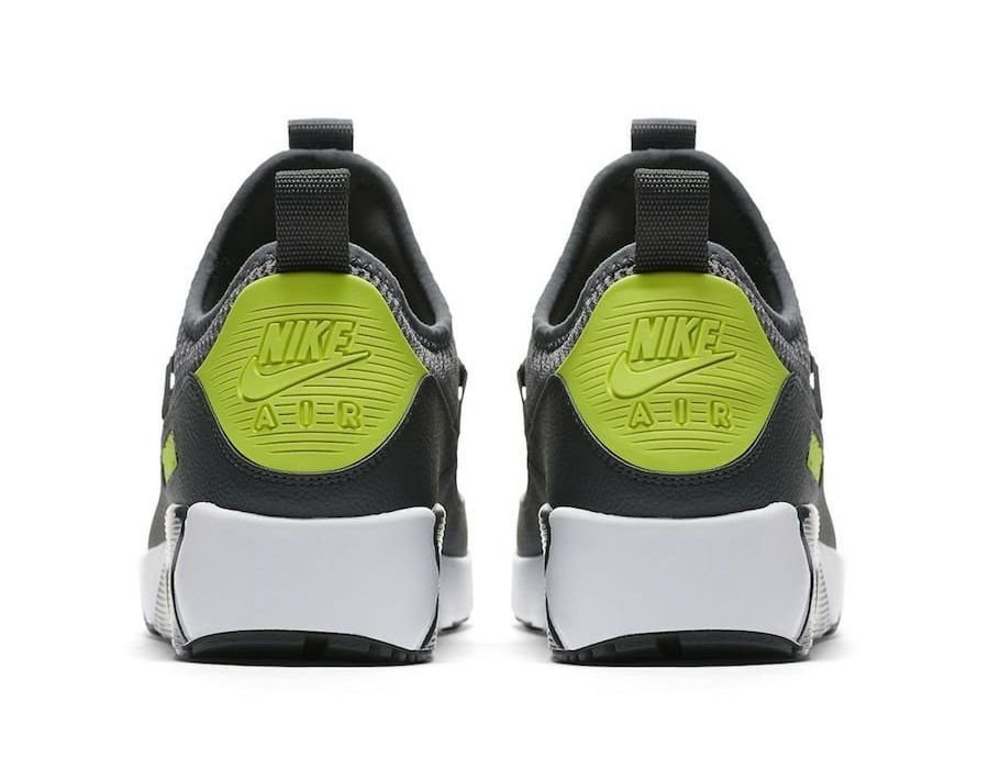 2931c76b4ea Nike Air Max EZ Verde. 48% OFF. 1