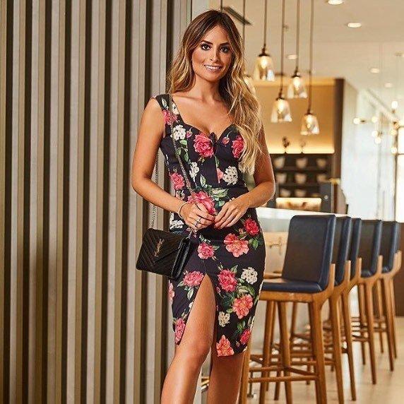 50cf06cb8 Vestido de crepe estampa floral - Comprar em Vic le Vic