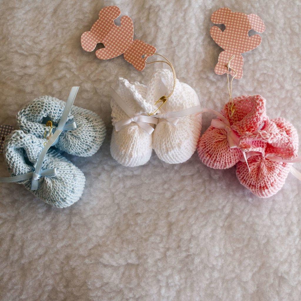 21eb926a1 Escarpines tejidos para bebés
