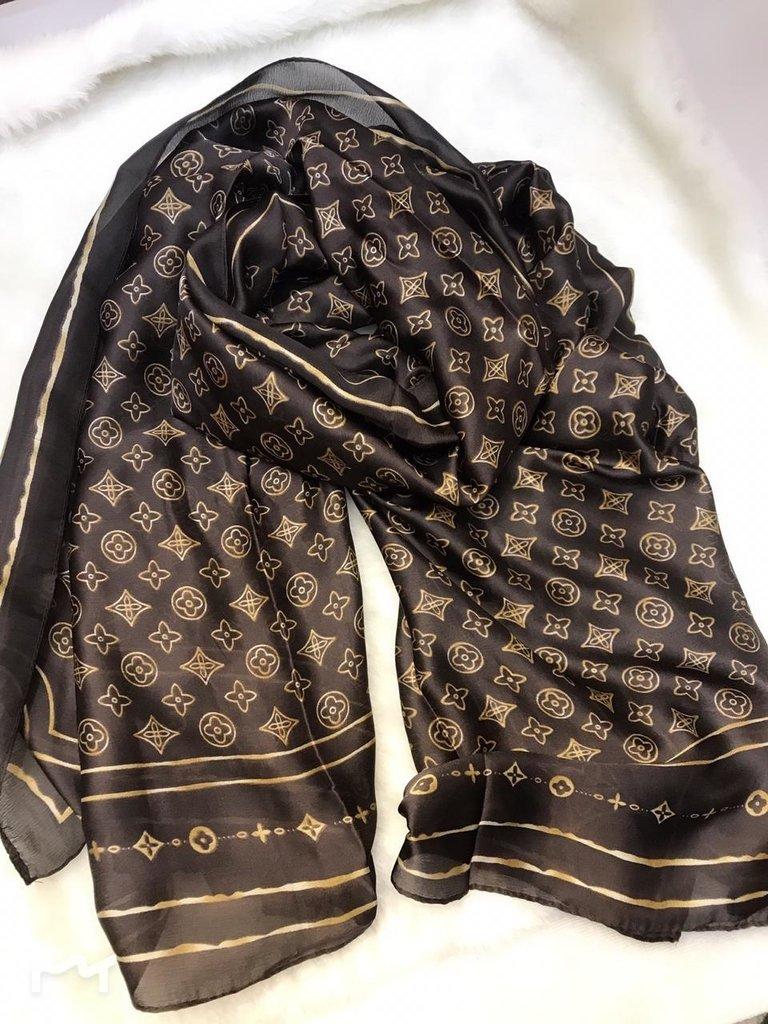 57d4e234d7cba Echarpe Lenço 100% Seda Louis Vuitton Marrom Café Dourado