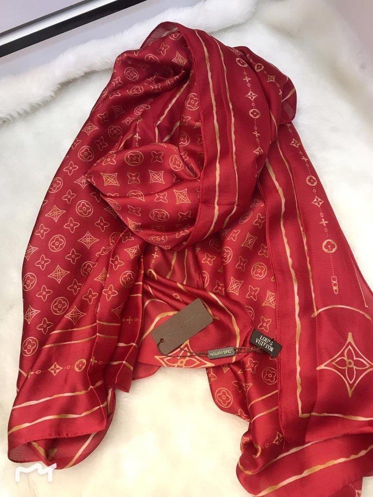 058369f5f672a Echarpe Lenço 100% Seda Louis Vuitton Vermelho Dourado