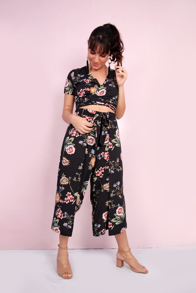 Cropped Viscose Fleur Transpassada na internet