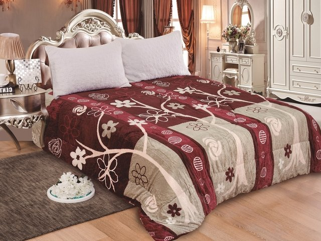 FLANNEL CON RELIEVE ESTAMPADO LOVE AND HOME