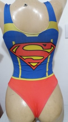 Body em lycra suplex estampa Super Girl na internet