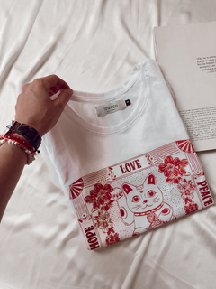 Remera Lucky Cat en internet