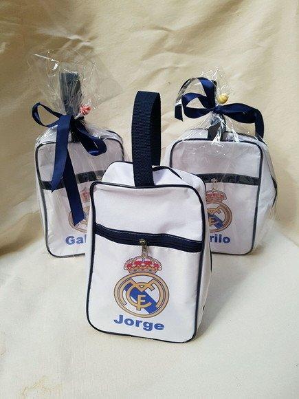 2b96188176722 Porta chuteira Real Madrid - Festa das Lembrancinhas