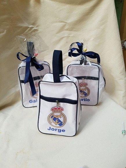 Porta chuteira Real Madrid - Festa das Lembrancinhas 1923c38cb89ca