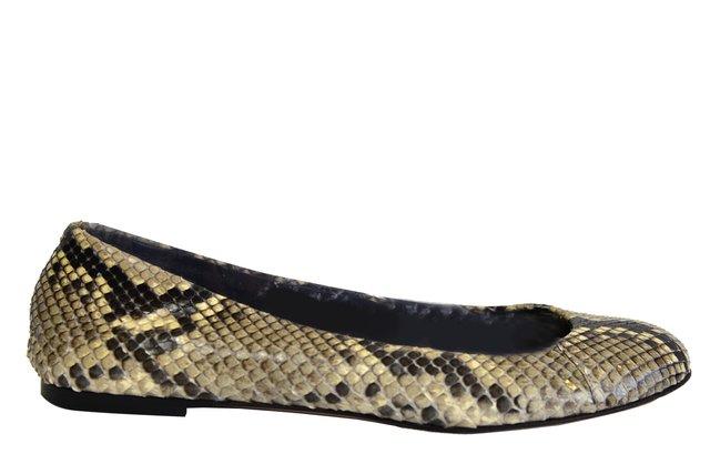 8c8fc4e37aa63 Comprar Sapatilha e Slipper em Wishic Desejos de Luxo   Filtrado por Mais  Vendidos