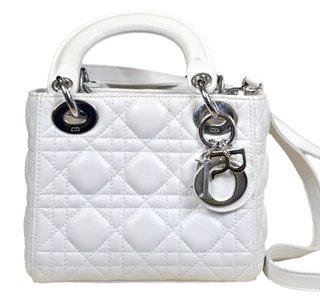a91fbb8f5ae49 Comprar Christian Dior em Wishic Desejos de Luxo   Filtrado por Mais  Vendidos