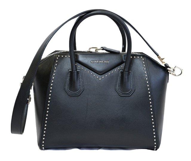 c7aae6023ec7b Comprar Givenchy em Wishic Desejos de Luxo   Filtrado por Mais Vendidos