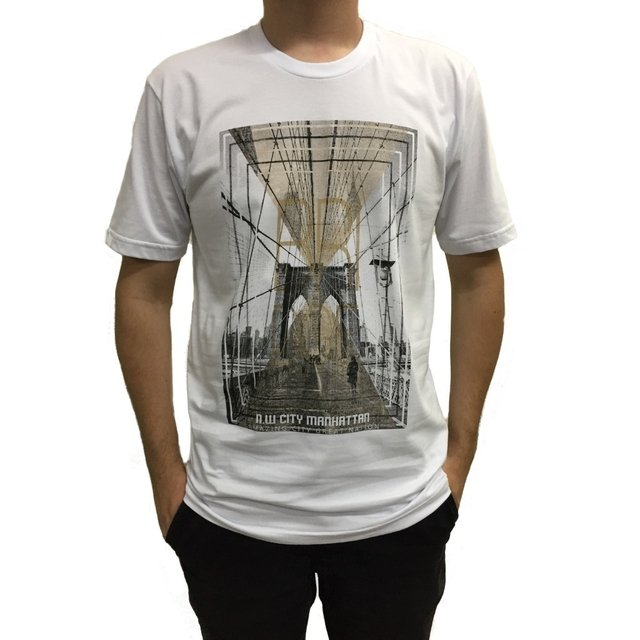 Camiseta manga curta estampa bridge na internet