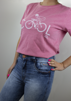 Camiseta Casual Feminina Márcio May Cool na internet