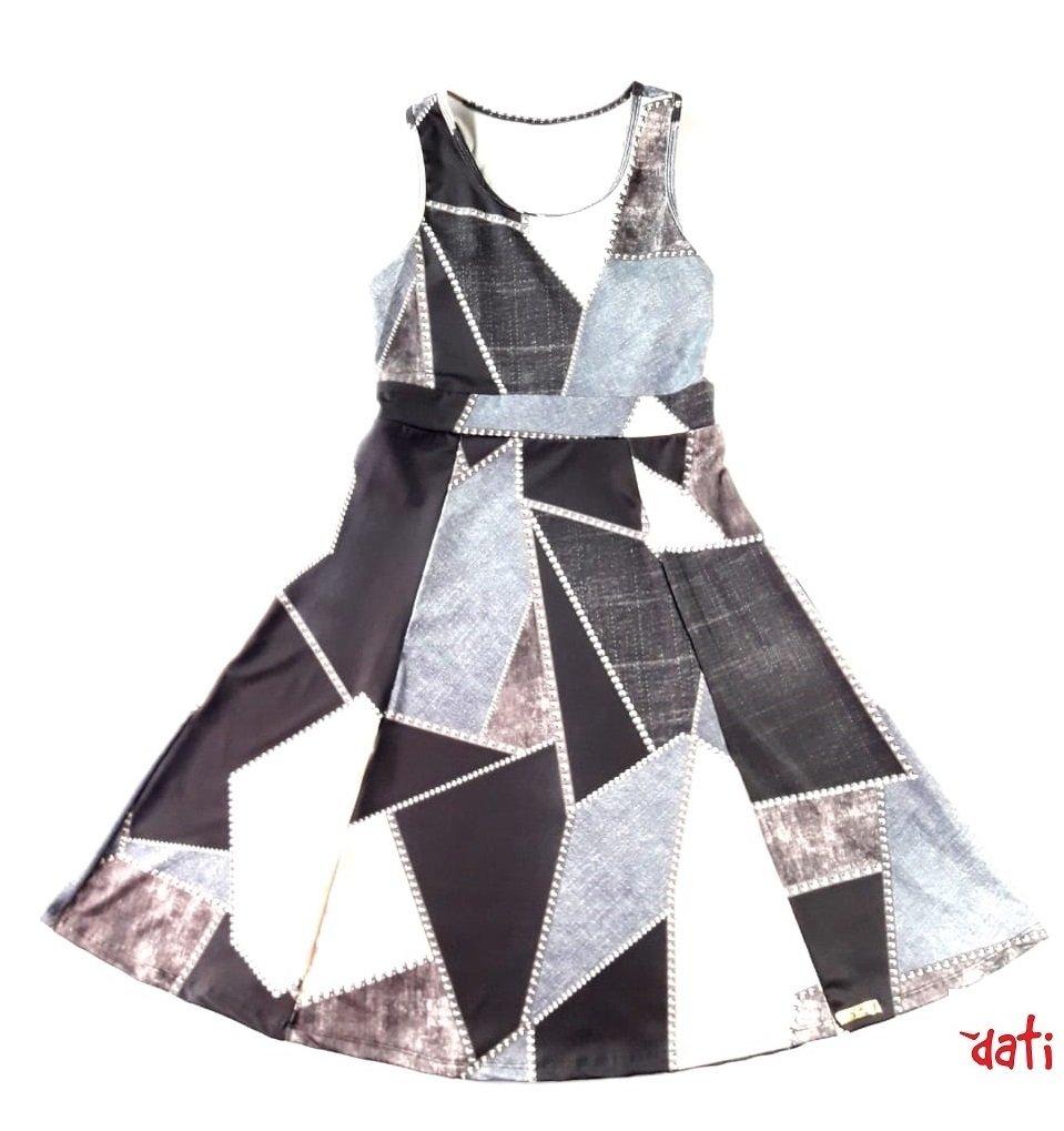 805a99af7 Vestido Feminino Cinza Evasê Geométrico Vestido Feminino Cinza Evasê  Geométrico - comprar online ...