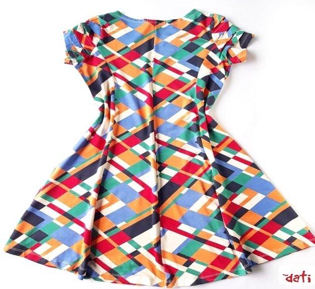 667f59fcb ... Vestido Feminino Evasê Curto Geométrico. A partir de R  50