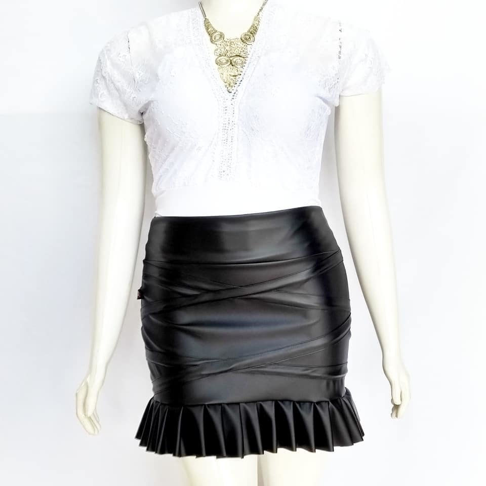 8f9c88172f Saia Plissada Couro - Venttura Store - moda plus size