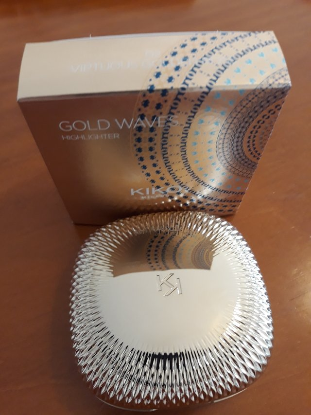 ILUMINADOR GOLD WAVES HIGHLIGHTER  em pó com nuances iridescentes 02 na internet