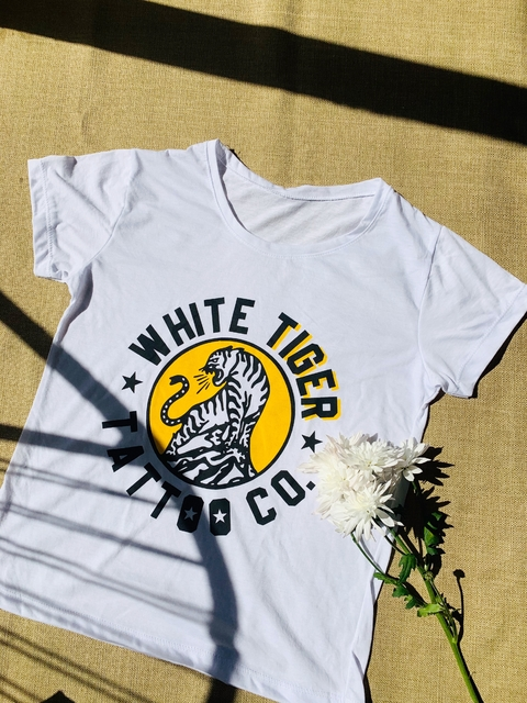 ♥ Remera White Tiger ♥ - comprar online