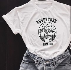 Camiseta Adventure Since 1990