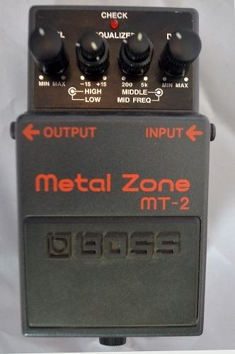 Pedal Boss Mt2 - Metal Zone - comprar online
