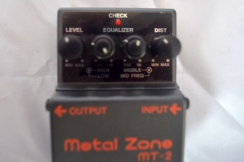 Pedal Boss Mt2 - Metal Zone na internet