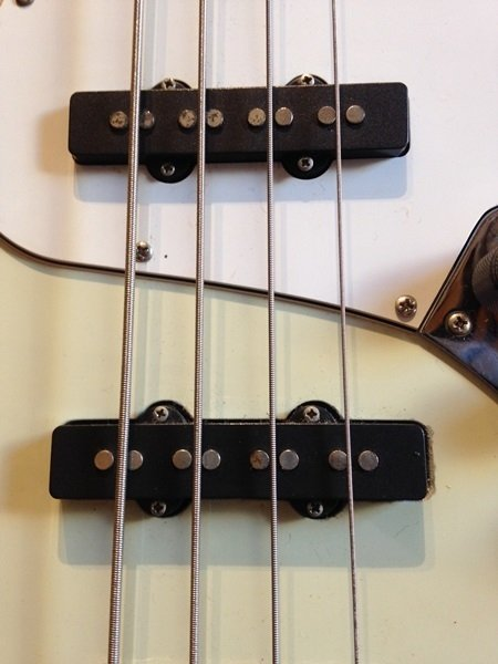 Squier By Fender Jazz Bass California Series - Baixo na internet