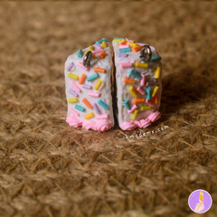 Rebanaditas de Pastelito Arcoiris | Rainbow Cake | Aretes | Earrings | Collares - online store