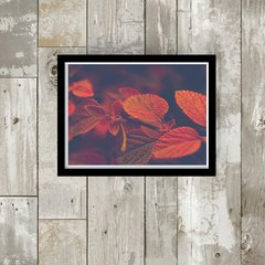 quadro red and brown leaves moldura preta