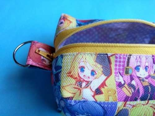 Mini Neceser de Vocaloid en internet