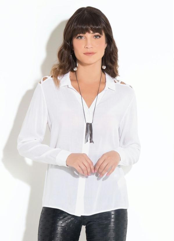 23dc4de7bd Camisa com Vazado no Ombro Branca - Comprar em Enough