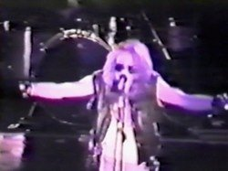 Imagem do DVD GN'R - Music Machine + The Roxy 1986