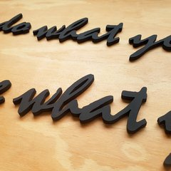 Lettering Do what you love - Viaje Decore