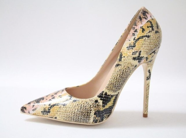 SCARPIN ANIMAL PRINT ESTAMPA COBRA