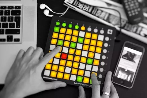 Controlador Midi Usb Launchpad Mini Mk2 Novation en internet
