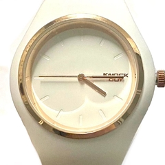 Reloj Knock Out de caucho blanco