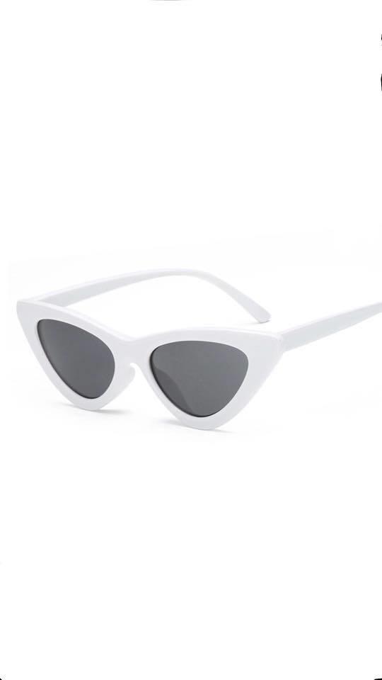 133cde1e2d2d2 Óculos Retro Branco - Comprar em Concept.