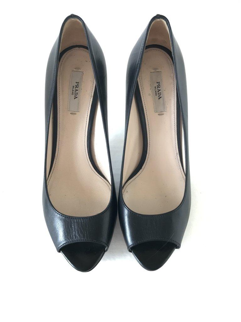 2f3dccee56 Sapato Prada Preto - Comprar em Madame Repassa