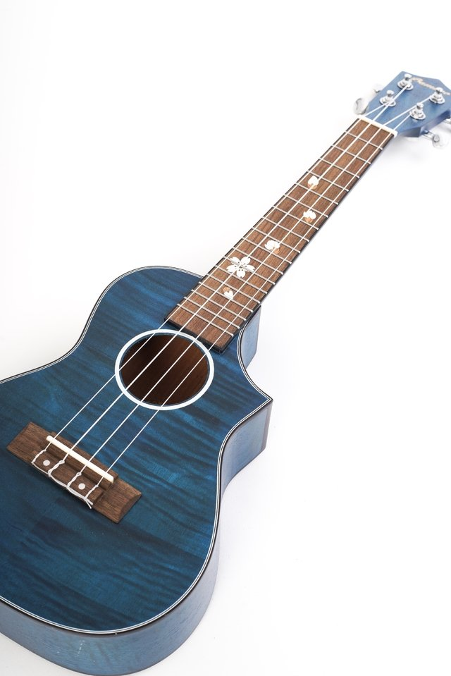 Okume wood Concert Ukulele ( Includes Gig bag) - BAMBOO • Shop Online