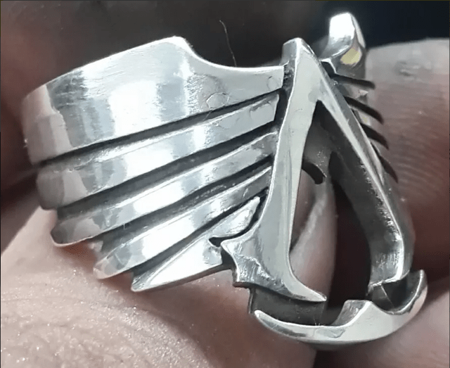 Anillo Assassins Plata - comprar online