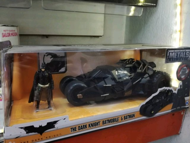 Batimovil the dark knight & batman - BeSide