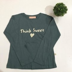 Remera Think en internet
