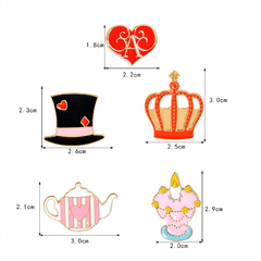 Combo Pins Alice in Wonderland - Momento Charmosa