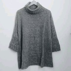 Sweater PULOVER PONCHO gris
