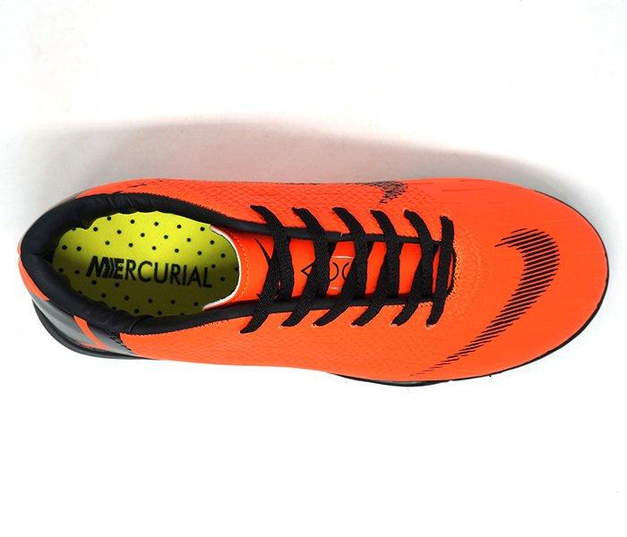 c276051bfa Chuteira Nike Mercurial Vapor 12 Club Futsal Laranja e Preto