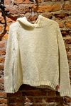 Sweater con capucha